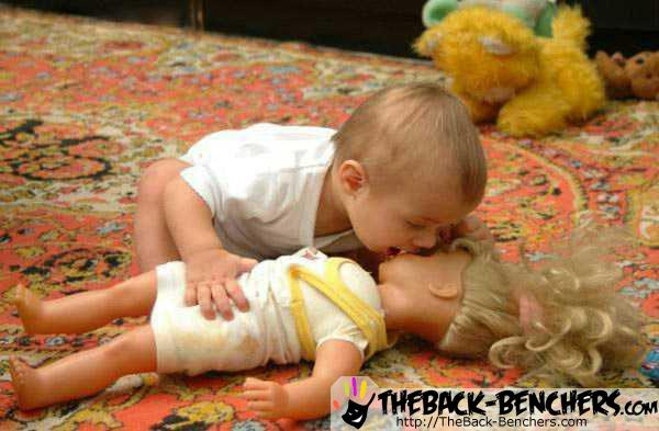 funny-baby-kiss-doll