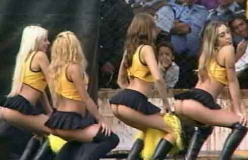IPL T20  Hot and Sexy Cheerleader Girls Pictures 2011