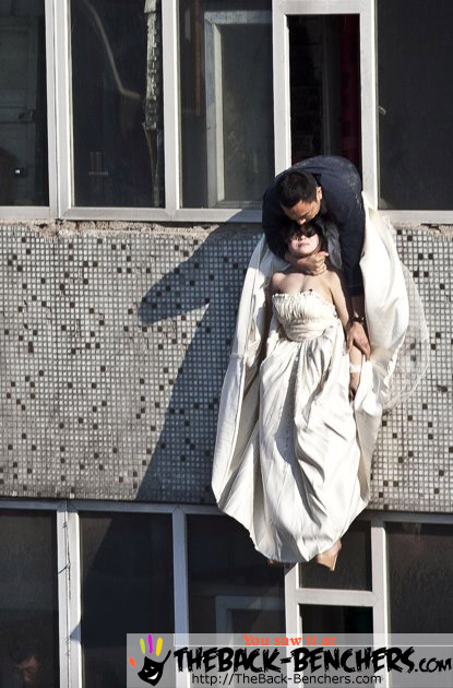 Chinese bride attempts suicide Pictures – Caught on cam